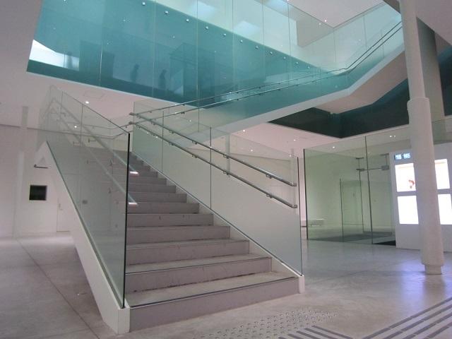 20180115-001-IMG_5342金沢21世紀美術館.jpg